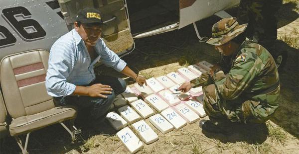 ruta aérea perú-bolivia la mayoría de la cocaína peruana tiene a brasil como destino final La Policía antidroga peruana está autorizada para derribar aviones del narcotráfico