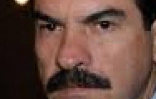 Manfred Reyes Villa manda una carta de felicitación a Macri