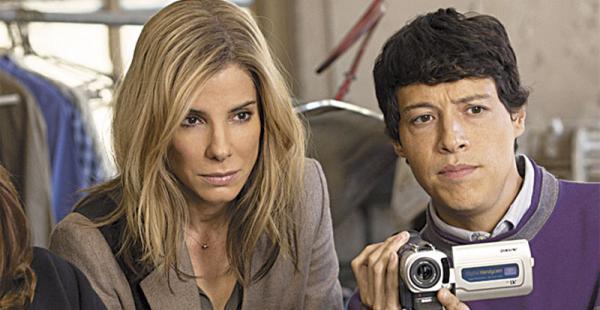 Reynaldo es parte del reparto junto a Sandra