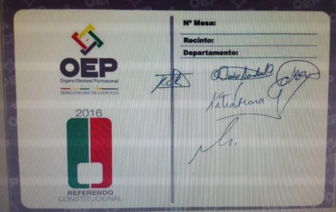 El TSE licitará la impresión de papeletas para el referéndum