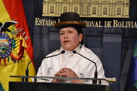La ministra de Justicia, Virginia Velasco en conferencia de prensa en Palacio de Gobierno. Foto: ABI