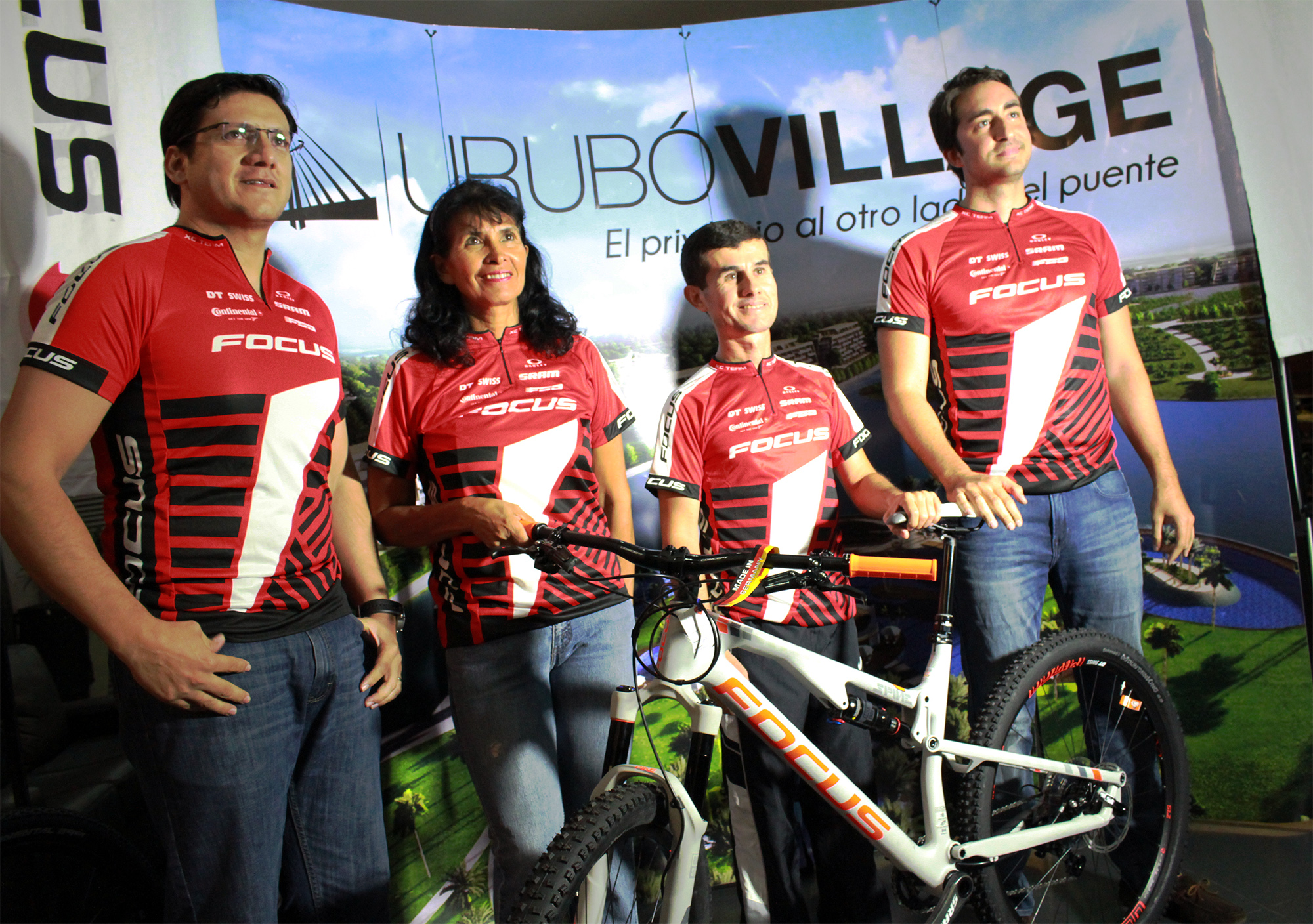 Urubo Vilage - Focus Bike (1)
