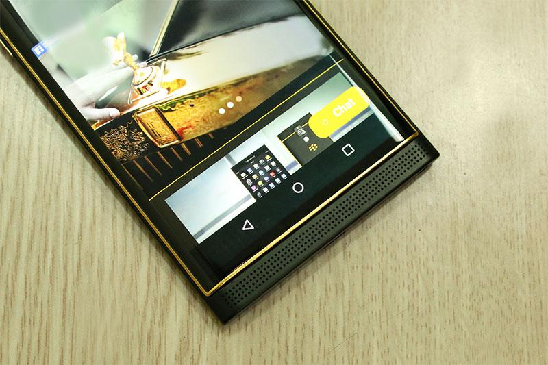 BlackBerry Priv 2 Si te gusta el lujo ya puedes adquirir esta BlackBerry Priv bañada en oro de 24K