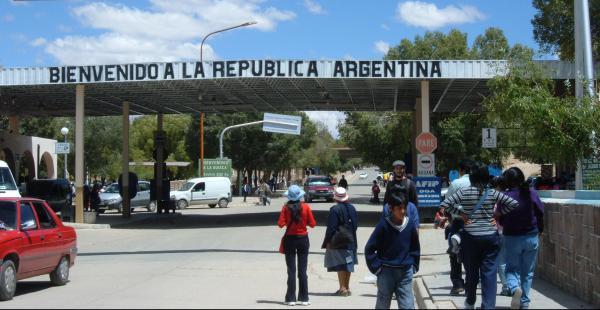 La Quiaca es la ciudad argentina fronteriza con Villazón, en el departamento boliviano de Potosí. Decomisaron 200 kilos de plata
