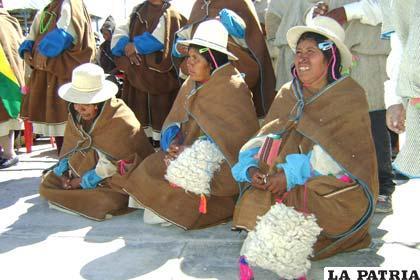 Pobladores uruchipayas. | Foto ilustrativa - La Patria - La Patria Agencia