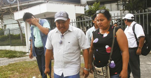 Tras declarar, el fiscal le decomisó su celular para verificar si se contacta con Adolfo Chávez