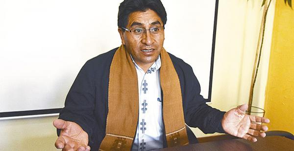 La autoridad se comprometió a trabajar en la exportación de la producción nacional