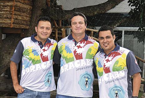 Iván Dorado (tesorero), de Bolivia; Javier D'Augero (presidente), de Argentina; y Álvaro Vaca Pereyra (vice), de Brasil