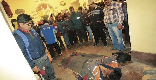 El transportista Juan José Mamani murió ayer en Tambo Quemado. Fue encontrado en un puesto militar
