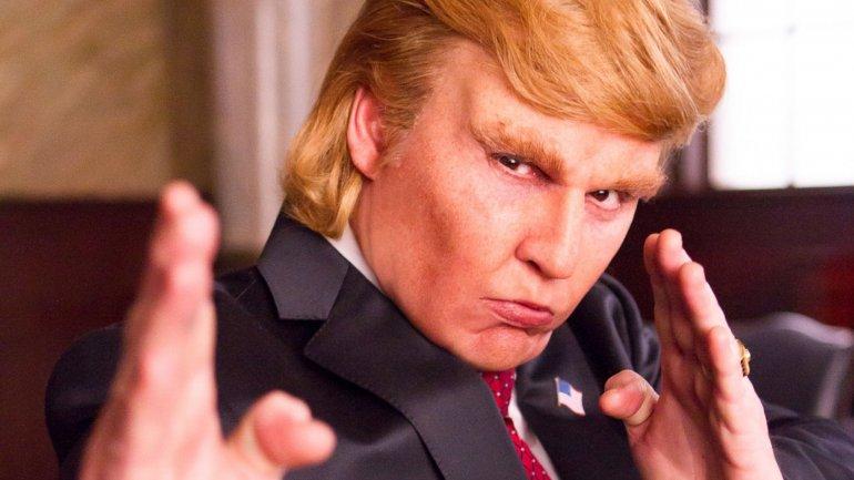 Johnny Depppersonificando aDonald Trump en Donald Trumps The Art of the Deal: The Movie