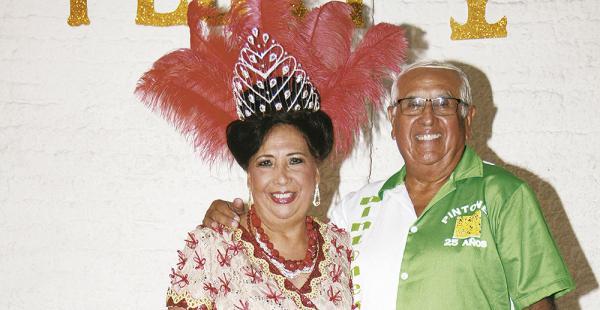 Los reyes pintones Flory Suárez y su media naranja Gary Villegas estaban muy entusiasmados por el título