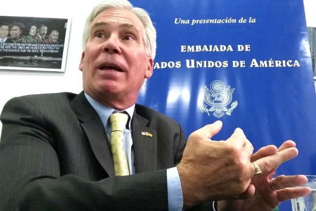 DIPLOMÁTICO. El encargado de Negocios de la Embajada de Estados Unidos, Peter Brennan