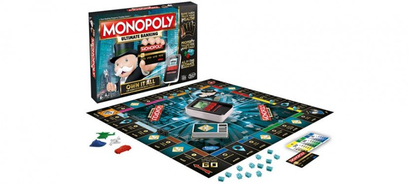 MonopolyUltimateBanking 830x374 Monopoly Ultimate Banking dice adiós a los billetes en papel