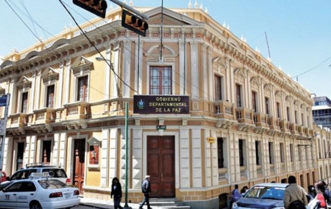 Gobernación declara duelo e instruye inicio de querella penal por la violencia en El Alto