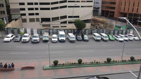 Tránsito reporta 242 vehículos que infringieron las normas electorales de circular sin permiso en todo el país. Foto: ABI