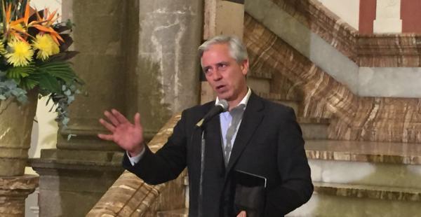 El vicepresidente Álvaro García Linera en conferencia de prensa la noche de este domingo
