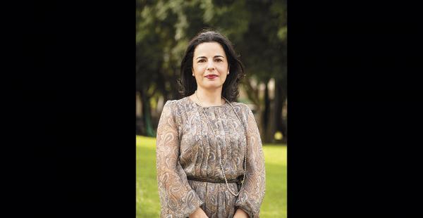 Eva González estudió las redes en las elecciones de España y México