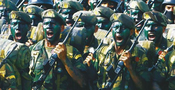 El Servicio Militar Es Obligatorio En Bolivia La libreta           que acredita       el cumplimiento de este deber       es requisito indispensable para tramitar       el título profesional, para ejercer cargos públicos y para otros trámites fundamentale