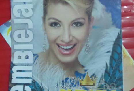 La comparsa Piltrafas también compartió su revista