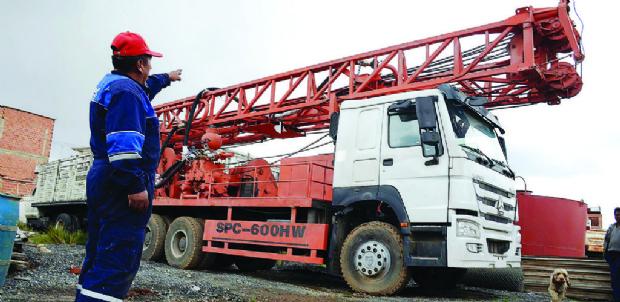 Camión taladro que la Gobernación compró a CAMC se deteriora