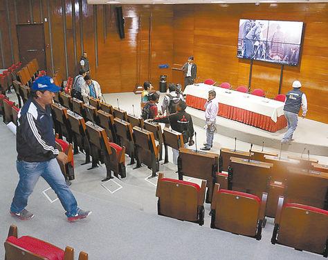 Sucre. Inspección en el Centro de Convenciones, donde se realizará la Cumbre Judicial en abril.