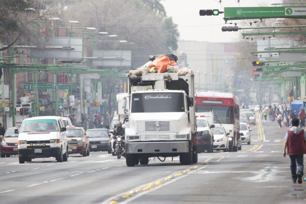 Una vía principal de la Ciudad de México durante la contingencia.