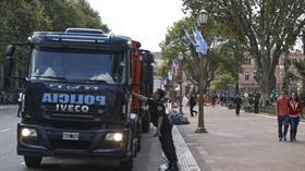 Al menos 3000 efectivos de fuerzas argentinas, junto a agentes norteamericanos, forman parte del operativo de seguridad por la visita de Obama