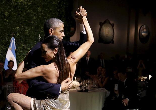 Obama y Godoy, en un baile inesperado en el CCK