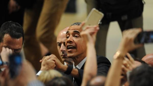 El presidente estadounidense Barack Obama habla en la Usina del Arte ante jóvenes emprendedores. (Guillermo Rodríguez Adami/pool)