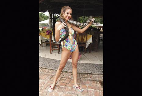 Sandra Melgar. Fortalezas | Su estatura, es divertida y tiene una figura natural  y armoniosa. Debilidades | Es distraída, impuntual y necesita tonificar abdomen.