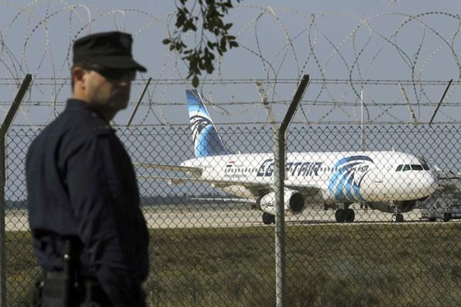 El avión secuestrado en el aeropuerto de Lárnaca