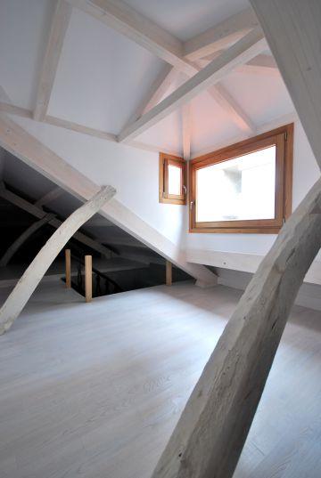 Rehabilitación en una vivienda en O Carballiño (Ourense), de Aestudio Arquitectura.