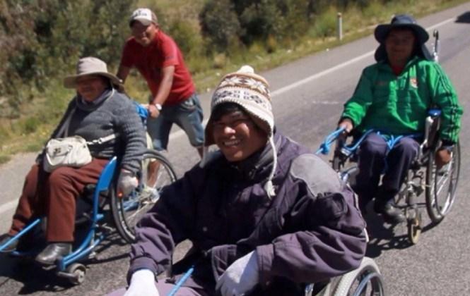 Gobierno convoca a personas con discapacidad a dialogar y acepta tratar el tema de la renta