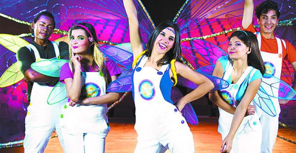 los conductores usarán overoles blancos. se anuncia una producción de primer nivel  Jimmy Tórrez, Paola Monzón, Vanesa Fornasari, Yoreines Zabala y Miguel Baldivieso