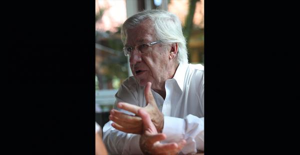 Fue vicepresidente de José Mujica y en la actualidad es ministro de Economía de Uruguay
