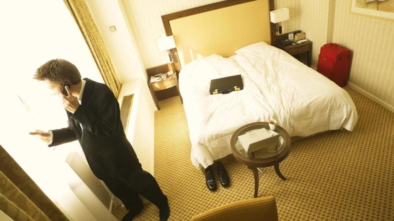 El dueño del hotel espiaba a sus clientes a través de un agujero practicado en el techo de las habitaciones. (Paul Hardy/Corbis)