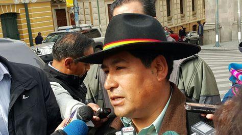El exdirigente Simeón Jaliri presenta postulación a Defensor del Pueblo