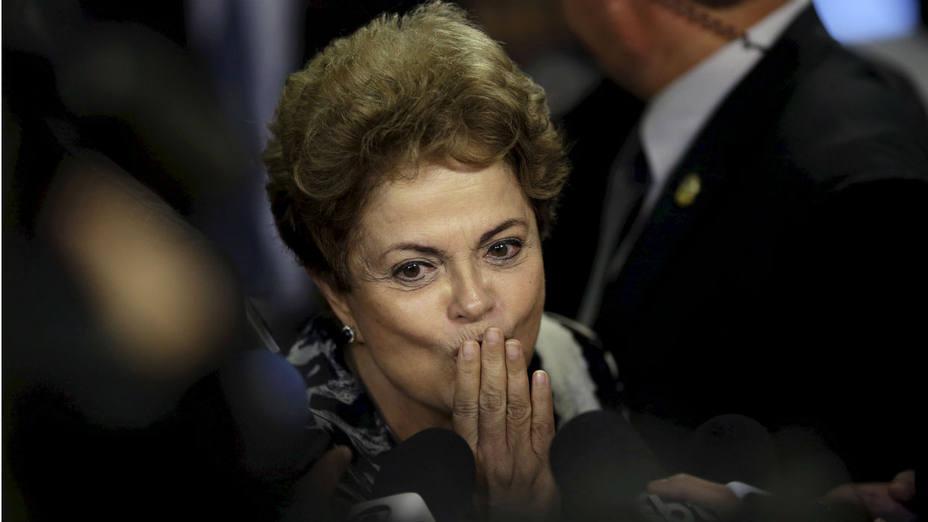 La presidenta Dilma Rousseff durante una rueda de prensa en el palacio de Planalto. (Ueslei Marcelino/Reuters)