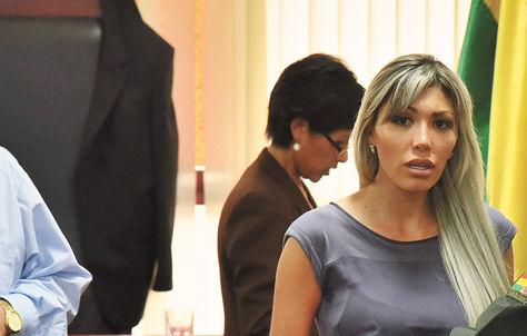 Audiencia. Gabriela Zapata afirmó el miércoles que el ministro Quintana fue 'el que organizó todo'.