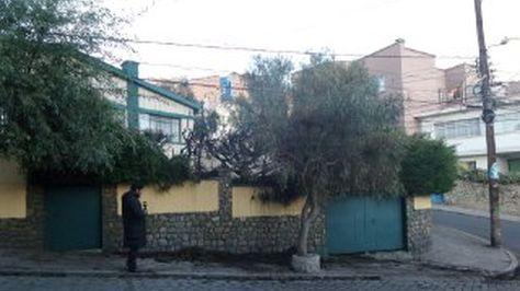 El frontis de la casa del Defensor del Pueblo tras el incendio. Foto: Rodrigo Fanola/Periodistas Bolivia
