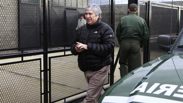 Báez, en 2013, cuando Gendarmería allanó uno de sus galpones donde guardaba autos de alta gama
