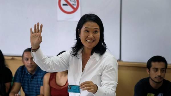 Feliz-Keiko-Fujimori-Lima-AFP_CLAIMA20160410_0175_28