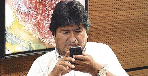El presidente Evo Morales tiene una cuenta oficial en Twitter, la inauguró el mes pasado en EEUU