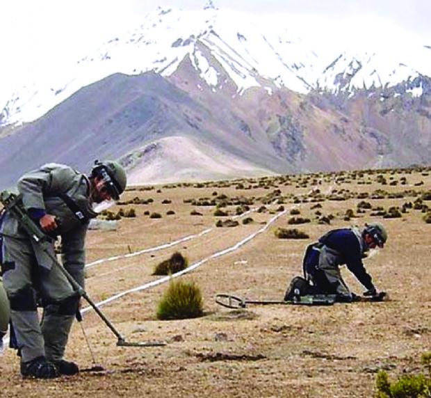 Cónsul de Chile afirma que el desminado concluirá en 2020