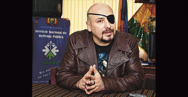 El nuevo defensor del pueblo fue secretario general del contralor Gabriel Herbas