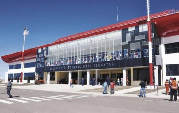 Aeropuerto de Alcantarí carece de equipamiento para funcionar como terminal internacional