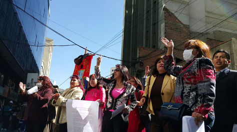 Protesta de abogados en puertas del Ministerio Público