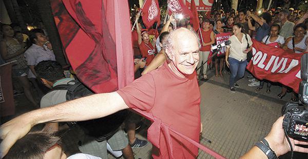 Carlos Valverde impugnará la demanda presentada por Zapata