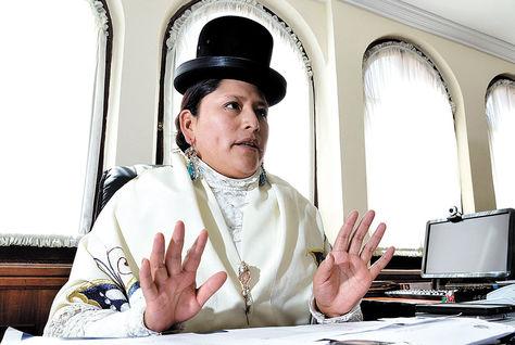 Implementación. La ministra de Justicia, Virginia Velasco, da a conocer a La Razón el plan de trabajo que realizará en 2016 con las prioridades en el campo judicial. Foto: Pedro Laguna - archivo