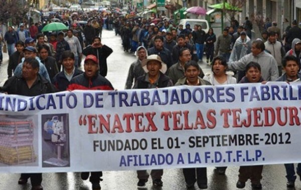 El 70% de los trabajadores de Enatex cobró finiquitos, pero persisten las medidas de presión